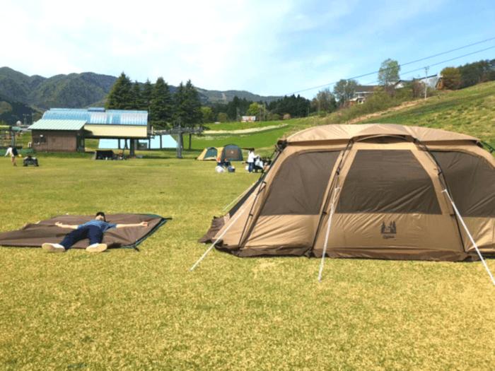 テントの片付けサボり中
